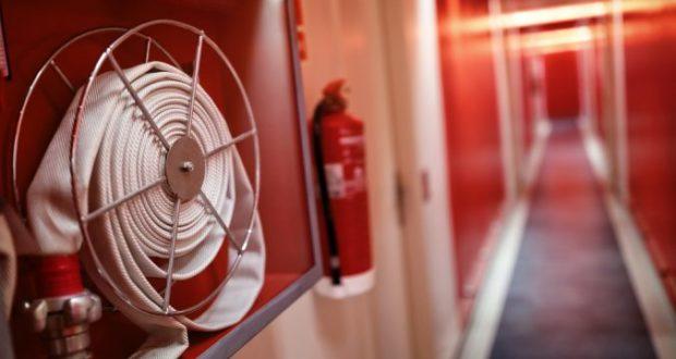 Profi tűzvédelmi szakvizsgát bonyolít le a cég.