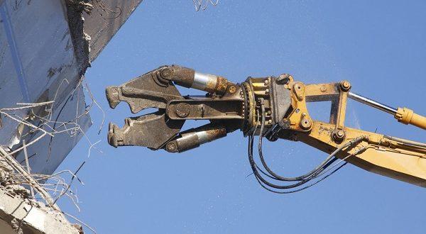 Professzionális épületbontást igényelhet a cégtől.